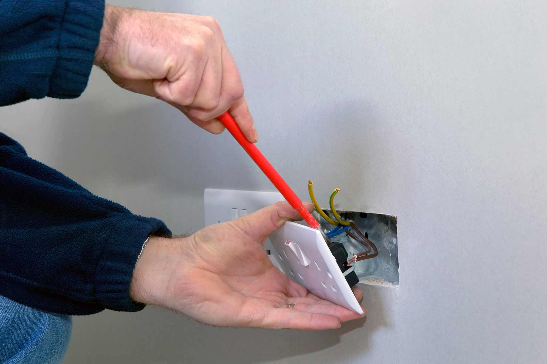 Our electricians can install plug sockets for domestic and commercial proeprties in Ingatestone and the local area.